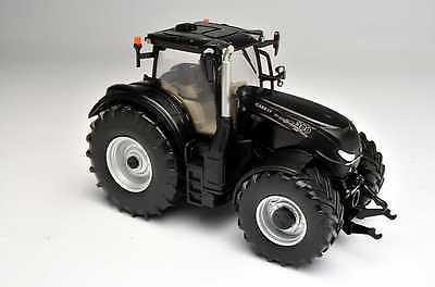 New Britains 1/32 Case IH Optum Tractor - Black Beauty Special Edition