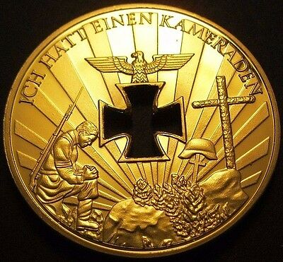 Wwi - Wwii 1914 - 1945 German Fallen Soldier Commemorative Nazi Gold Plated Coin