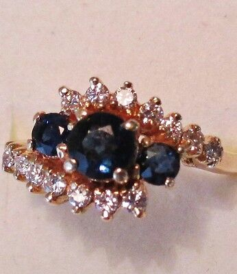 Vintage 14k yellow gold diamond and Gnuine Sapphire Ring
