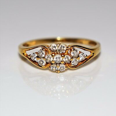 Stunning Cubic Zirconia Cluster 18ct Yellow Gold ring size N 1/2 ~ 7