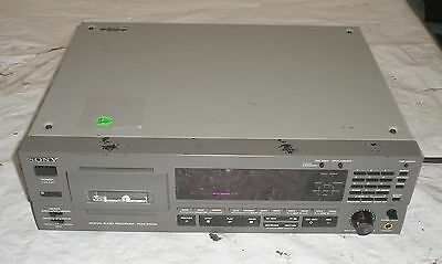 Sony PCM-2700A Digital Audio Recorder DAT PCM 2700 A