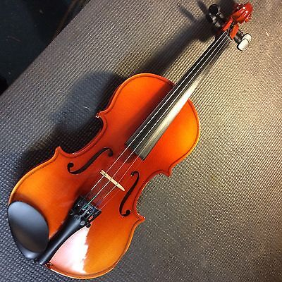 �� Intermusic Student Violin Outfit (violin, bow, case) 1/4 Size