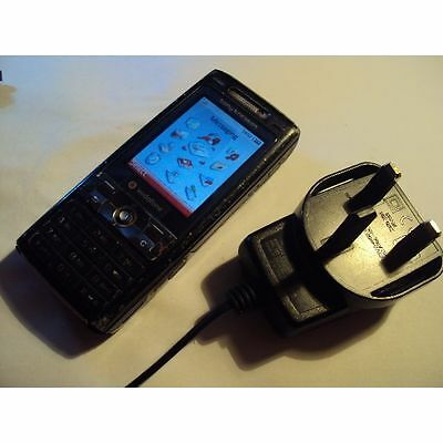 Sony Ericsson Cyber-shot K800i UNLOCKED 3G MOBILE PHONE+CHARGER