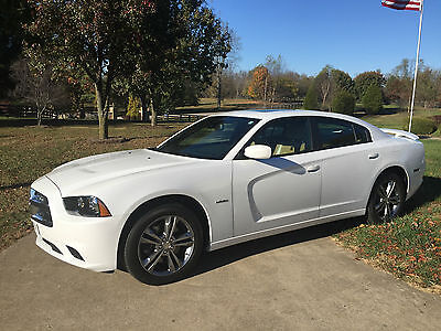2014 Dodge Charger 4dr Sdn RT Max AWD Fully loaded - $9000 + in extras including rare Black and Tan leather interior.