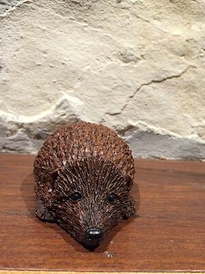 """Red Mill Hedgehog Crushed Pecan Shell USA 4 1/2 """""""