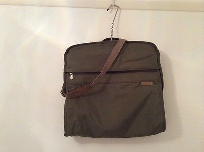 Briggs And Riley Suit Carrier