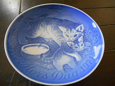 "Mors Dag 1971 Blue Collector Plate Denmark Mother's Day Bing & Grondahl 6"" Kitty"