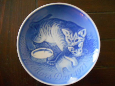 "Mors Dag 1971 Blue Collector Plate Denmark Mother's Day Bing & Grondahl 6"" Cats"