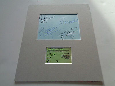 Siouxsie And The Banshees Autograph Signed Page 1985  And Concert Ticket