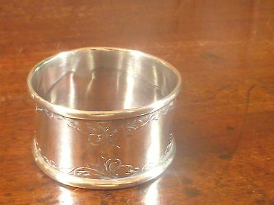 Hallmarked SOLID SILVER engraved NAPKIN RING - Chester 1922