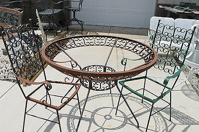 Vintage SALTERINI Round patio Table & 2 Arm Chairs you restore Indiana Pick Up