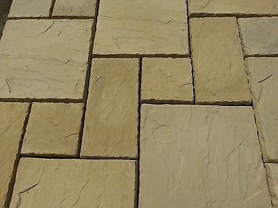 Concrete Paving Slabs Random 3 Sizes in Cotswold Buff