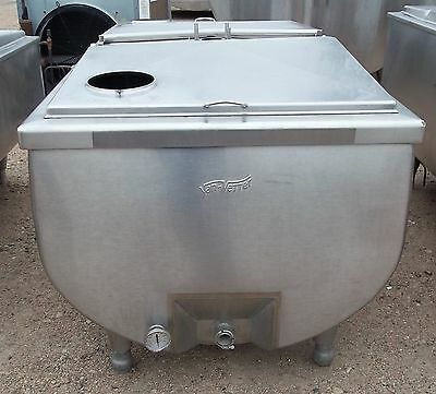 VANVETTER 250 Gallon Stainless Steel Bulk Milk Tank