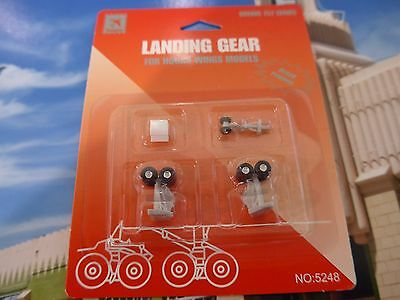 Hogan Wings landing gear for Boeing 757 series for ages 14 yrs +