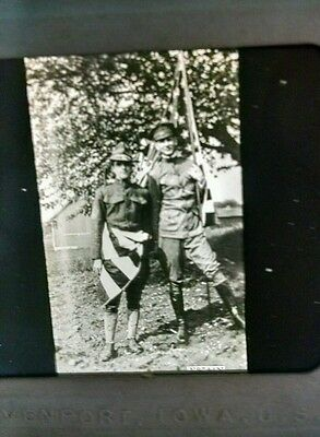 Victor Animatograph WWI 2 Soldiers Wrapped In American Flag Glass Slide
