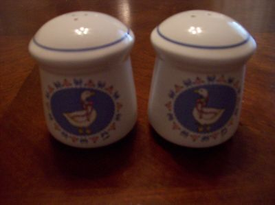 Ribbon Geese Treasure Craft Salt and Pepper Shakers
