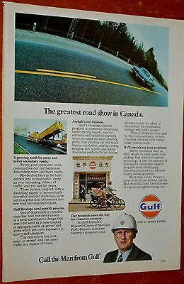 1972 Gulf Oil Canada Ad With 1965 Pontiac Parisienne Sedan / Paving Equipement