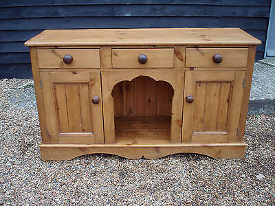 Outstanding & Well Made Old Pine Dog Kennel Dresser Base Sideboard Cupboard