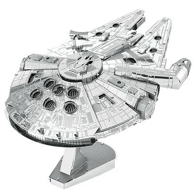 Metal Earth: Iconx STAR WARS Millenium Falcon