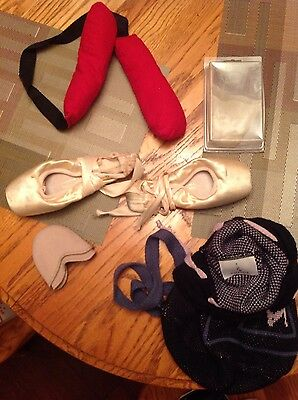 Harmonie ballet pointe shoes size 3 1/2