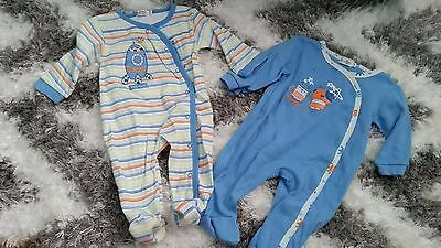 Petite Point Lot Set Of 2 Onesies 9 To 12 Months