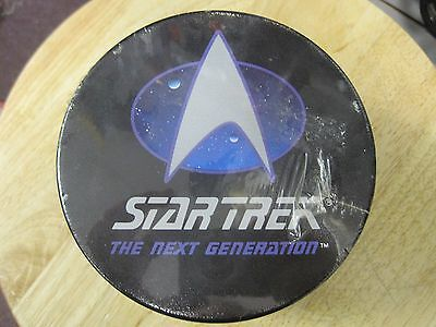 Star Trek The Next Generation Inaugural Edition Collector Card Tin Set