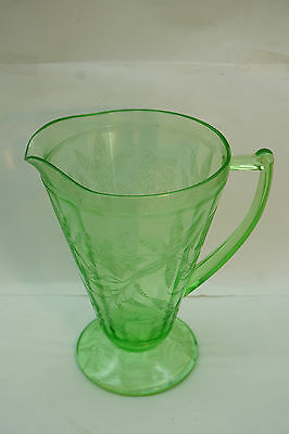 VINTAGE DEPRESSION GLASS POINSETTIA FLORAL CONE PITCHER 32 OZ FOOTED GREEN 1930s