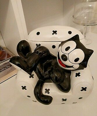 Clay Art 1997 Felix The Cat Laying On A Chair Cookie Jar