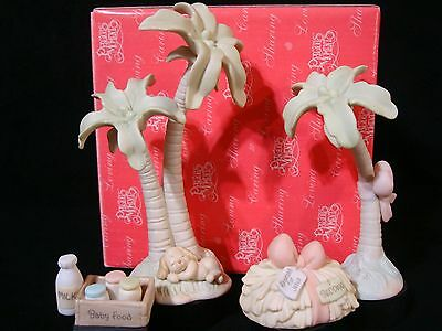 t Precious Moments-4 Pc Nativity Addition Set-Palm Trees, Hay Bale, Baby Food**