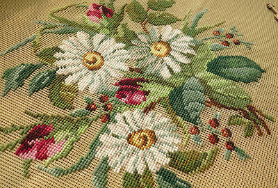 Antique White Daisy Rose Bud Bunch Hand Crafted Pre-worked Needlepoint Canvas