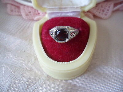 ANTIQUE ART DECO VINTAGE STERLING SILVER RING WITH GARNET STONE RING SIZE 5 or K