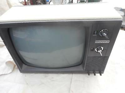 Old  Magnavox Television Model Made In Taiwan About 1985 Black&white