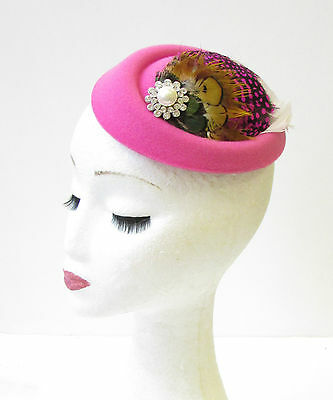 Hot Pink White Brown Feather Pillbox Hat Fascinator Hair Clip Vintage Races 1364