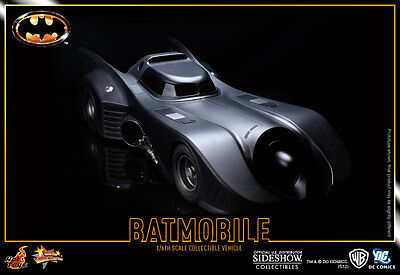 Batman 1989 Batmobil 1/6 Actionfigur Hot Toys Sideshow
