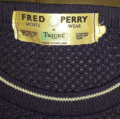 "Vintage 1960's FRED PERRY long sleeved sportswear size: 38"" - 40"" Chest"