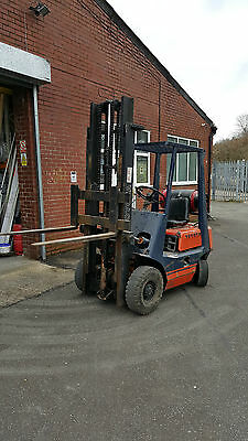 fork lift truck Toyota GAS 1.6 Ton