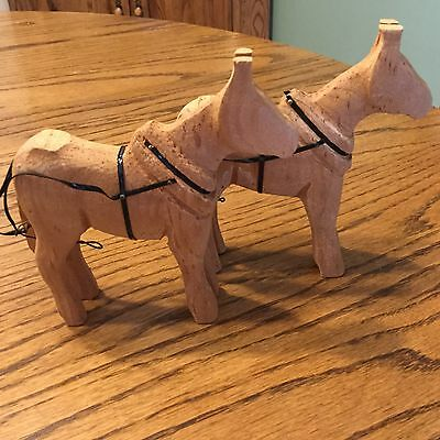 "Folk Art Pair of Hand Carved Wooden Primitive Horses 4.5"" Americana Farmhouse"