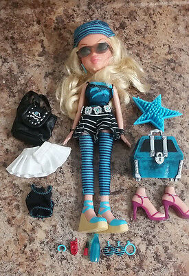 Bratz Pirate Treasures Cloe Doll Loose Out Of Box