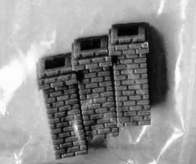 4 BRICK CHIMNEYS 6x6mm x16mm tall HO 1/87 Scale Unpainted Cast Resin
