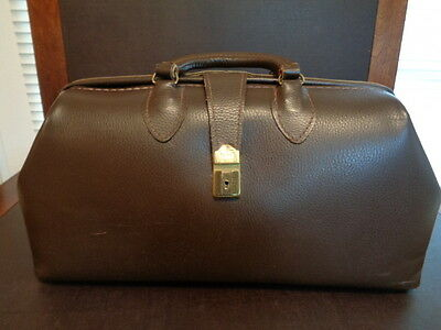 Doctor's Bag  Schell Leather goods Co.NICE
