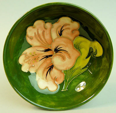 MOORCROFT ART POTTERY FOOTED BOWL CORAL HIBISCUS 1980's