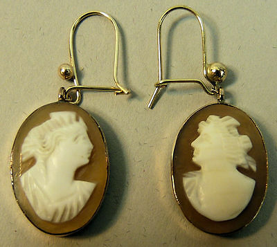 A Fine Pair Of Vintage 9K Gold Cameo Earrings 3.6 Grams
