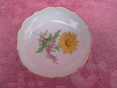 Pretty, OLD SMALL BOWL __ Meissen__FLORAL DECORATION__1 CHOICE__