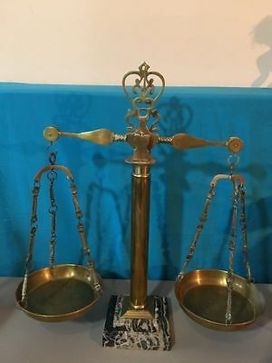 Antique polished Brass Balancing Scale with solid design column and Marble Base