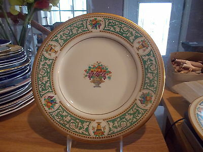 ROYAL DOULTON Dinner Plate-Green Scroll Rim w/Urn Containing Fruit in Center