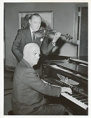 Harry TRUMAN (President): Original Photo with Jack BENNY (Entertainer)