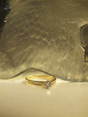 18Ct Yellow Gold Ladies Diamond Solitaire Ring : Size - P (17.75 Mm) 0.33 Carat