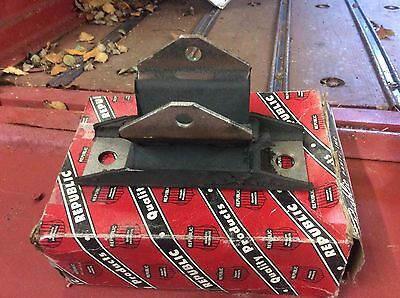 Ford/mercury Full Size Rear Transmission Mount 1965/72 C6 Trans