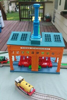 Thomas & Friends Trackmaster Spin & Fix Thomas at the Sodor Steamworks w/ EXTRA