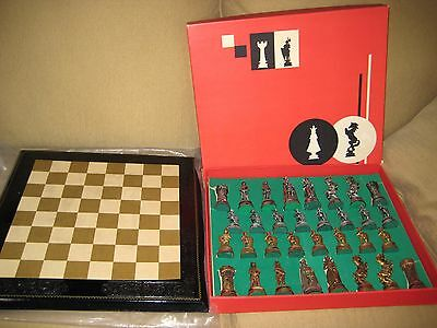 """Vtg Depose Italy Spider Mark CHESS SET KNIGHTS + Leather 17"""" Board 3-4"""" Pieces"""